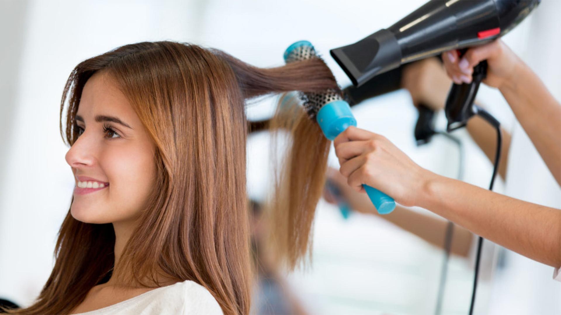 Как сделать объем волосам в парикмахерской