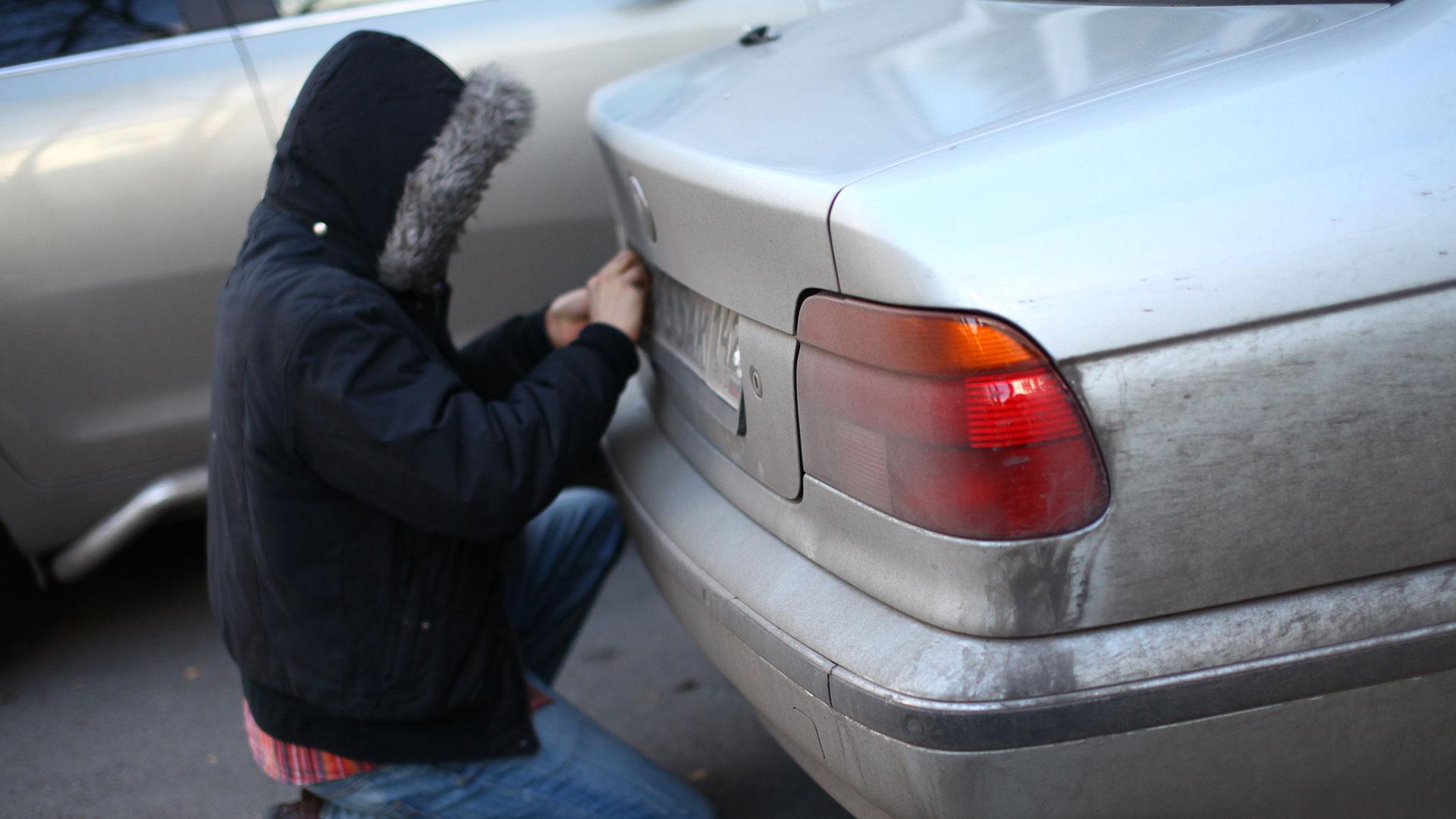 Если украли номера с машины: что делать нужно в этом случае